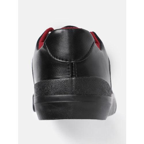 Roadster Men Black & Red Printed Sneakers