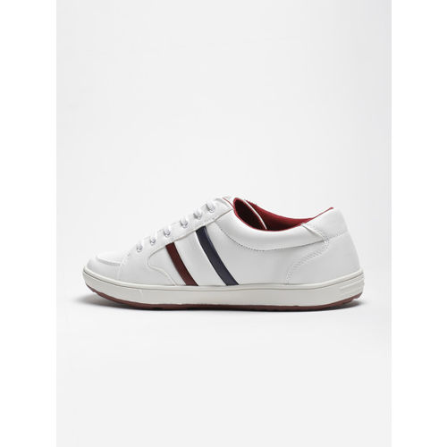 LOCOMOTIVE Men White Sneakers