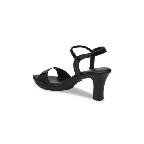 VALIOSAA Women Black Solid Sandals