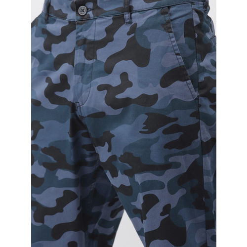 HIGHLANDER Men Blue & Black Tapered Fit Printed Chinos