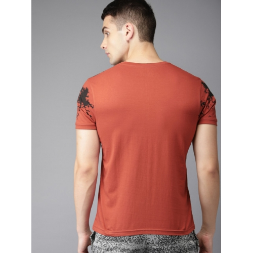 HERE&NOW Men Rust Printed Round Neck T-shirt