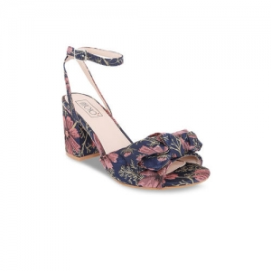 c6767998ef Buy Qupid Pink Synthetic Floral Print Flats Sandals online | Looksgud.in