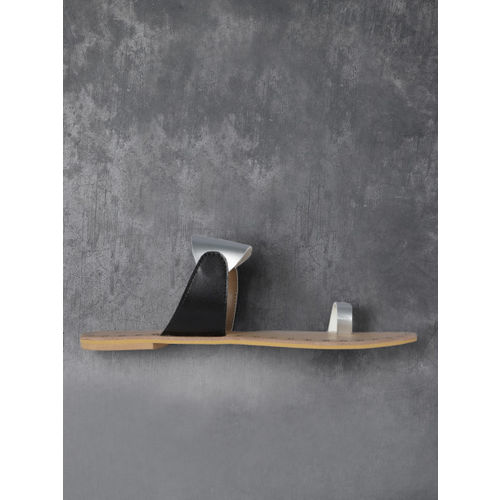 Anouk Silver-Toned & Black Colourblocked One Toe Flats