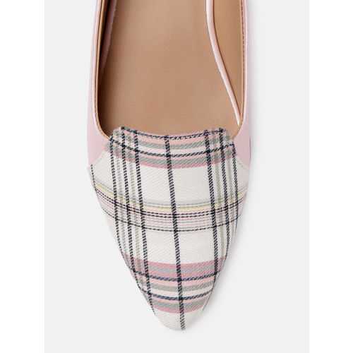 DressBerry Women Pink & White Printed Ballerinas