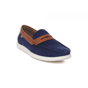 681525b67f Buy Red Tape Men Navy Blue Leather Loafers online | Looksgud.in