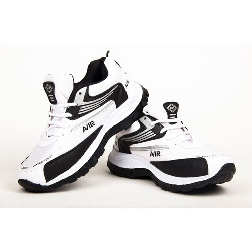 Beerock Aqua-lite Running Shoes For Men(White, Black)
