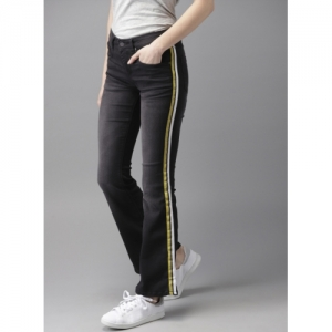 HERE&NOW Black Bootcut Mid-Rise Clean Look Stretchable Jeans