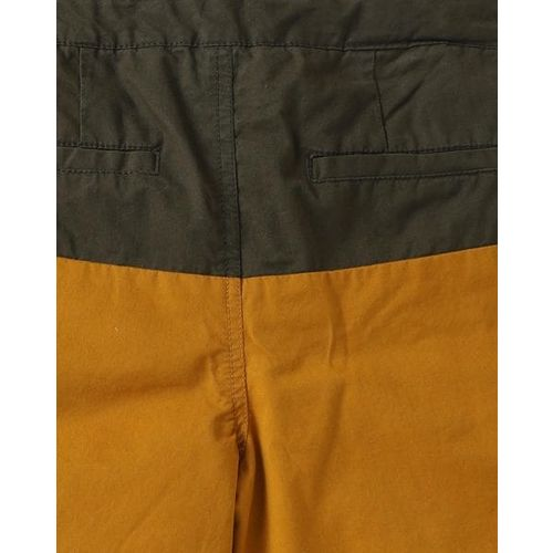 KB TEAM SPIRIT Mid-Rise Colourblock Jamaican Shorts with Drawstring Waist