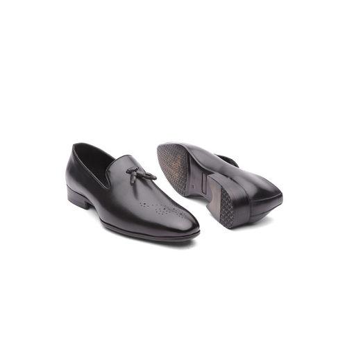 INVICTUS Men Black Solid Formal Slip-Ons