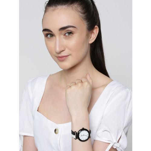 DressBerry Women White Analogue Watch MFB-PN-PF-DK2498