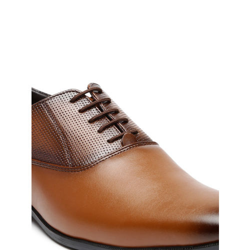 San Frissco Men Brown Textured Leather Oxfords