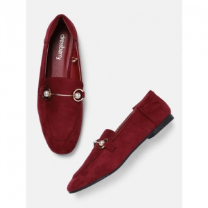 DressBerry Women Maroon Solid Synthetic Flats