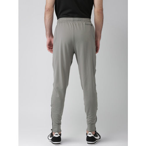 Nike Men Black AS M NK ESSNTL KNIT PANT Standard Fit Joggers