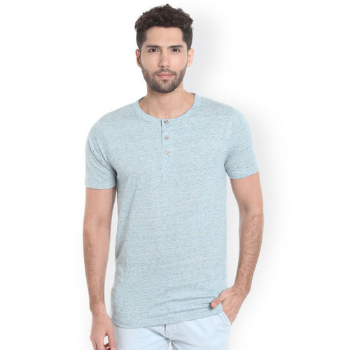 Campus Sutra Men Blue Solid Henley Neck T-shirt