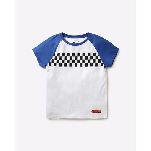 AJIO Crew-Neck T-shirt with Contrast Raglan Sleeves