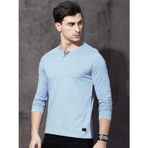 Roadster Men Blue Solid Henley Neck T-shirt