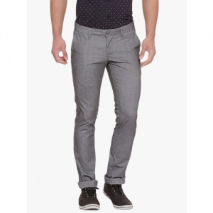 Basics Men Grey Skinny Fit Solid Chinos