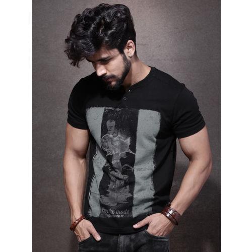Roadster Men Black Printed V-Neck T-shirt