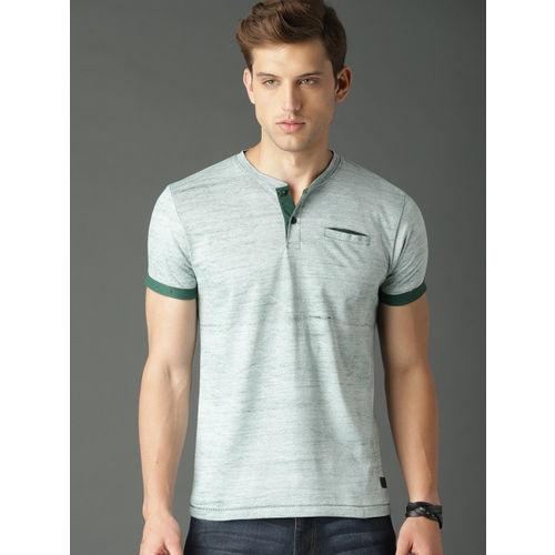 Roadster Men Green Solid Textured Henley Neck T-shirt