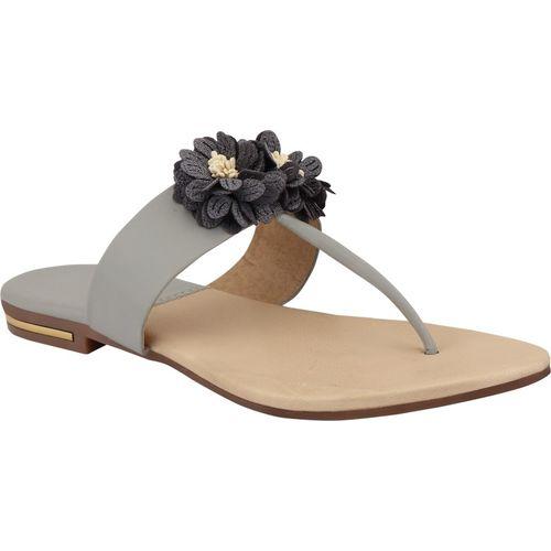 Glamtree Women Grey Flats