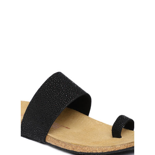 Ruosh Black Textured One Toe Flats