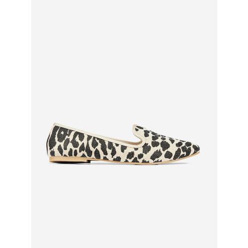 DOROTHY PERKINS Women Black & Beige Leopard Print Slip-On Sneakers