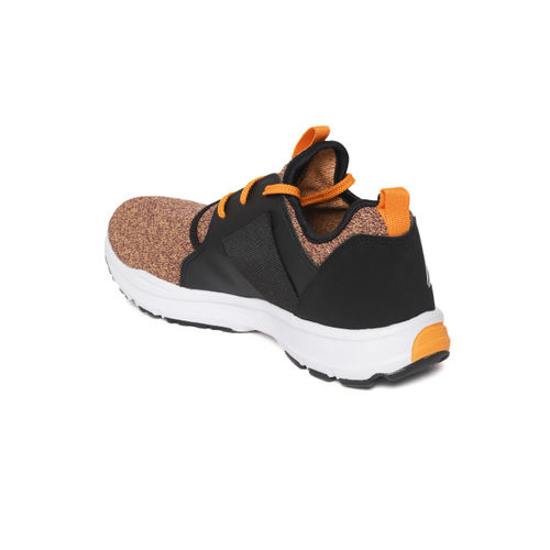Reebok Men Orange & Black Strom Colourblocked Running Shoes