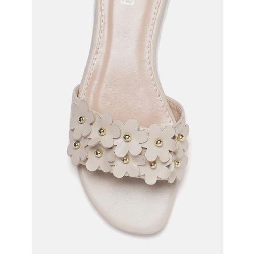 DressBerry Women Beige Applique Open Toe Flats