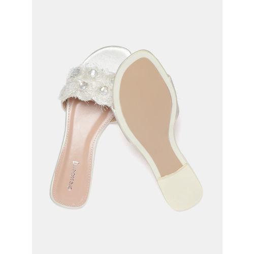 DressBerry Women Off-White Embellished Open Toe Flats
