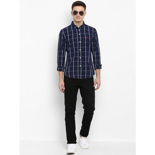 Red Tape Men Navy Blue Regular Fit Checked Casual Shirt