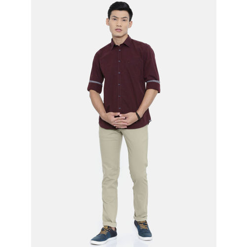 Parx Men Burgundy Slim Fit Solid Casual Shirt