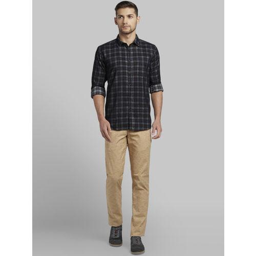 Parx Men Black & Grey Slim Fit Checked Casual Shirt