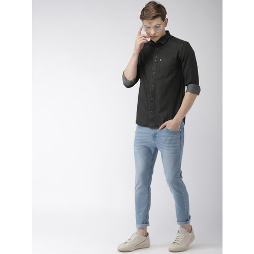 Celio Men Black Regular Fit Solid Chambray Casual Shirt