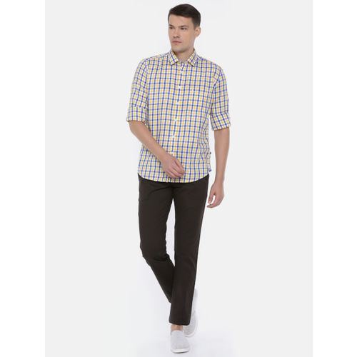 Parx Men Yellow & White Slim Fit Checked Casual Shirt