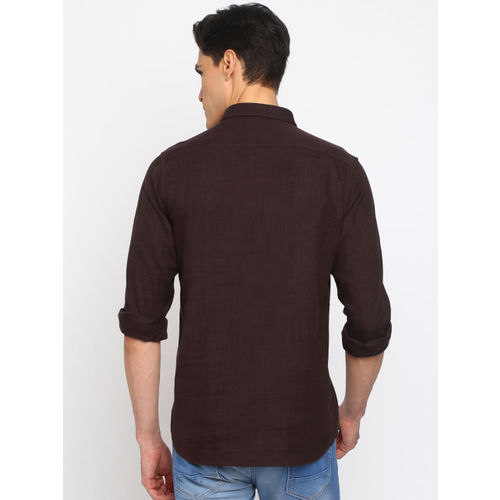 Crocodile Men Burgundy Slim Fit Solid Casual Shirt