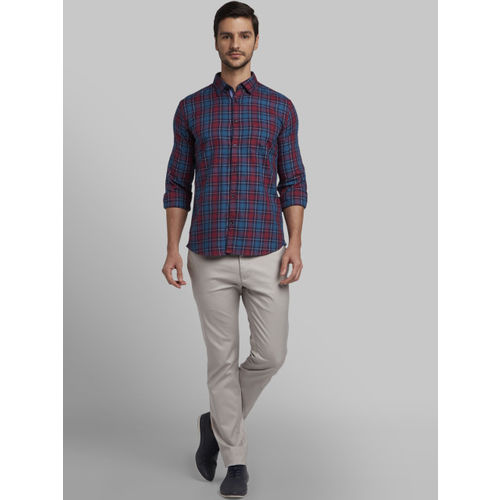 Parx Men Red & Blue Slim Fit Checked Casual Shirt