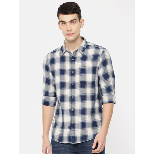 Pepe Jeans Men Navy Blue & White Regular Fit Checked Casual Shirt
