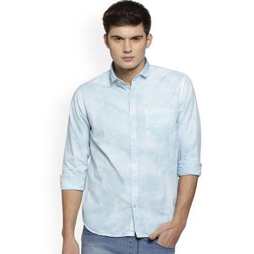Campus Sutra Men Blue Regular Fit Solid Casual Shirt