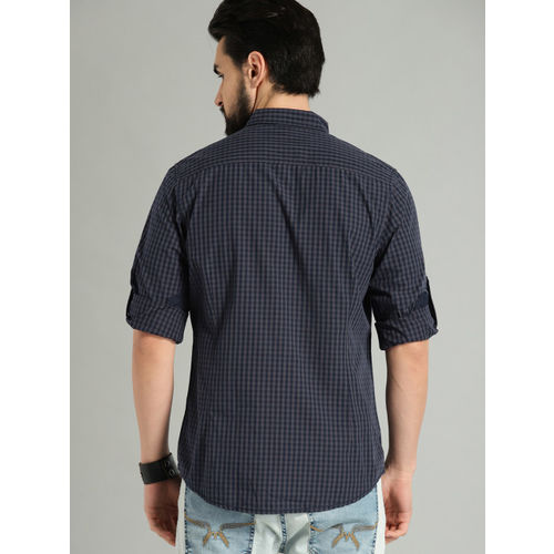 Roadster Men Grey & Navy Blue Regular Fit Checked Casual Shirt