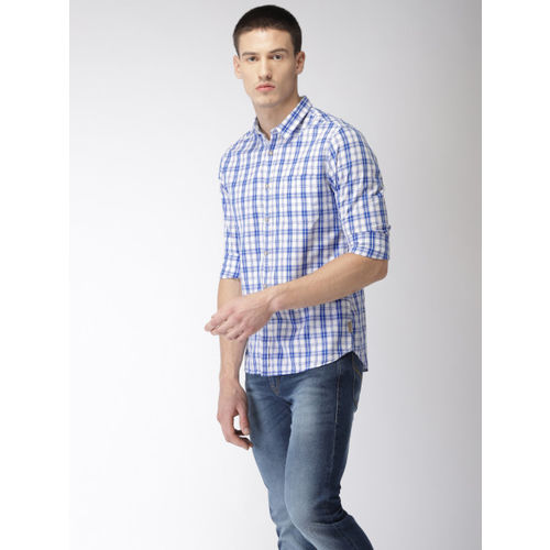 Flying Machine Men Blue & White Regular Fit Checked Casual Shirt