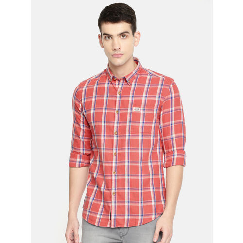 U.S. Polo Assn. Denim Co. Men Coral Pink & Blue Slim Fit Checked Casual Shirt