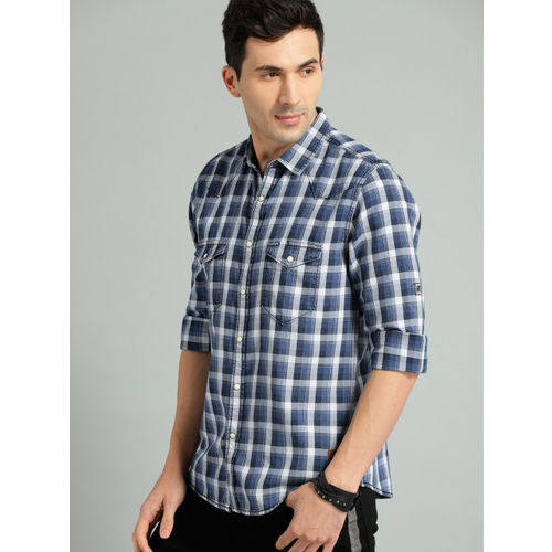 Roadster Blue & White Cotton Checked Casual Shirt
