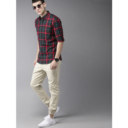 HERE&NOW Men Red & Green Slim Fit Checked Casual Shirt