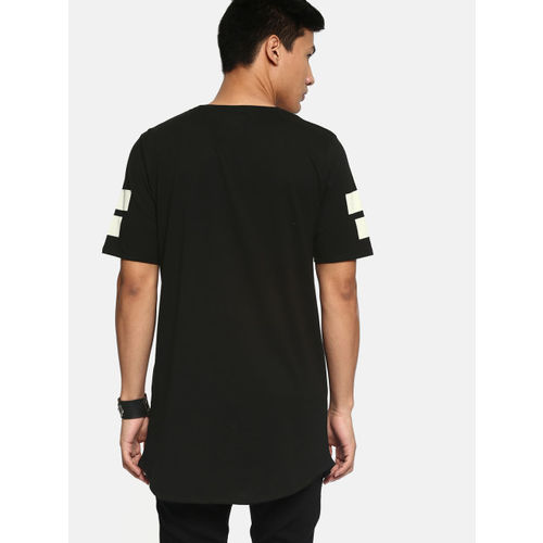 Kook N Keech Men Black Printed Round Neck Longline T-shirt