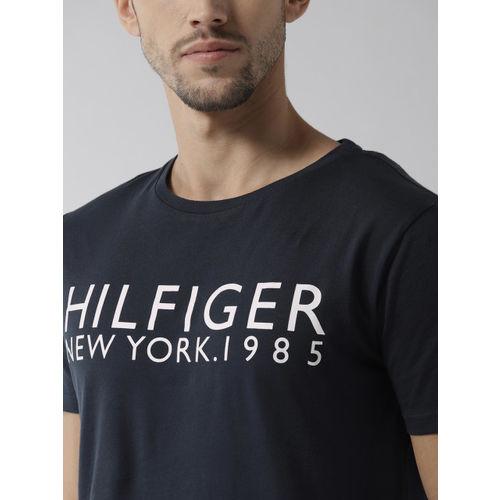 Tommy Hilfiger Men Navy Blue Solid Round Neck T-shirt