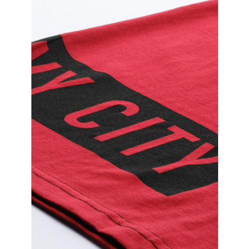 HERE&NOW Men Red & Black Colourblocked Round Neck T-shirt