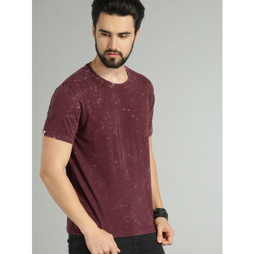 Roadster Maroon Dyed Round Neck T-shirt