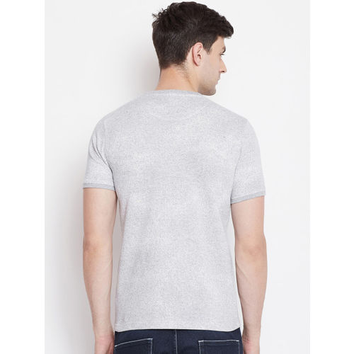 Okane Men Grey Solid Round Neck T-shirt