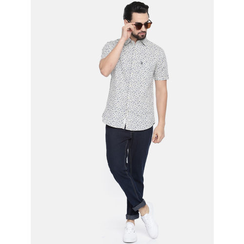 U.S. Polo Assn. Men Off-White & Navy Tailored Fit Printed Casual Shirt