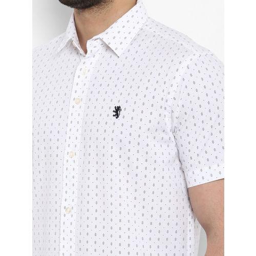 Red Tape Men White Regular Fit Printed Casual Shirt
